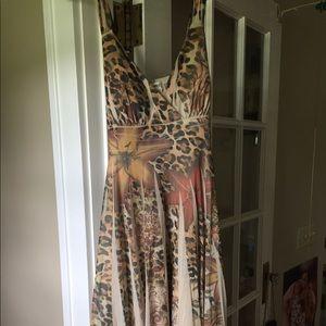 Dresses & Skirts - Dress- perfect for summer wedding guest